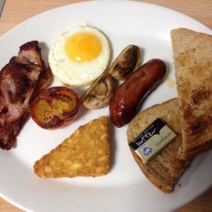 a-small-breakfast-at-haystack-cafe